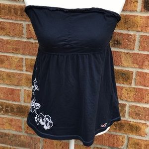 Hollister Large Adorned With Flowers Deep Blue Top